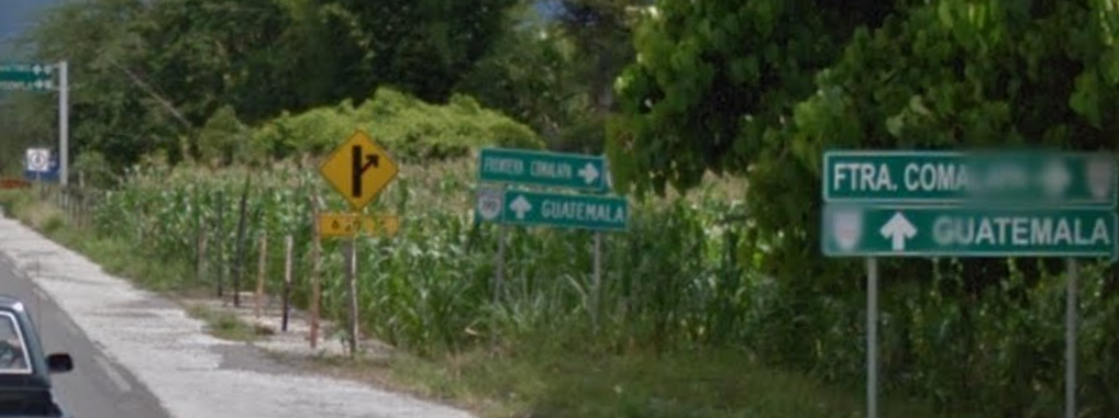 Bob LaGarde - Road trip through Central America - Approaching the Guatemala border