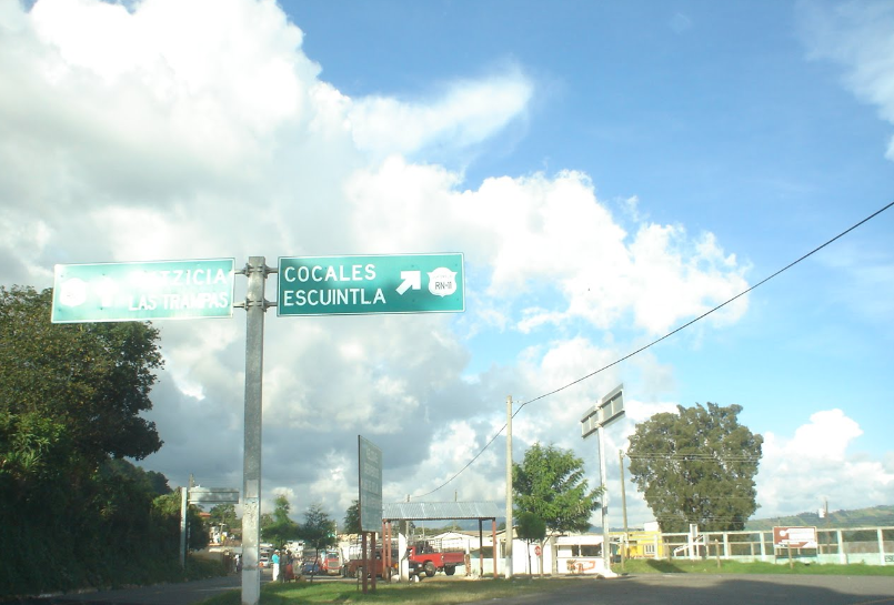 Bob LaGarde - Road trip through Central America - Finally approaching Escuintla
