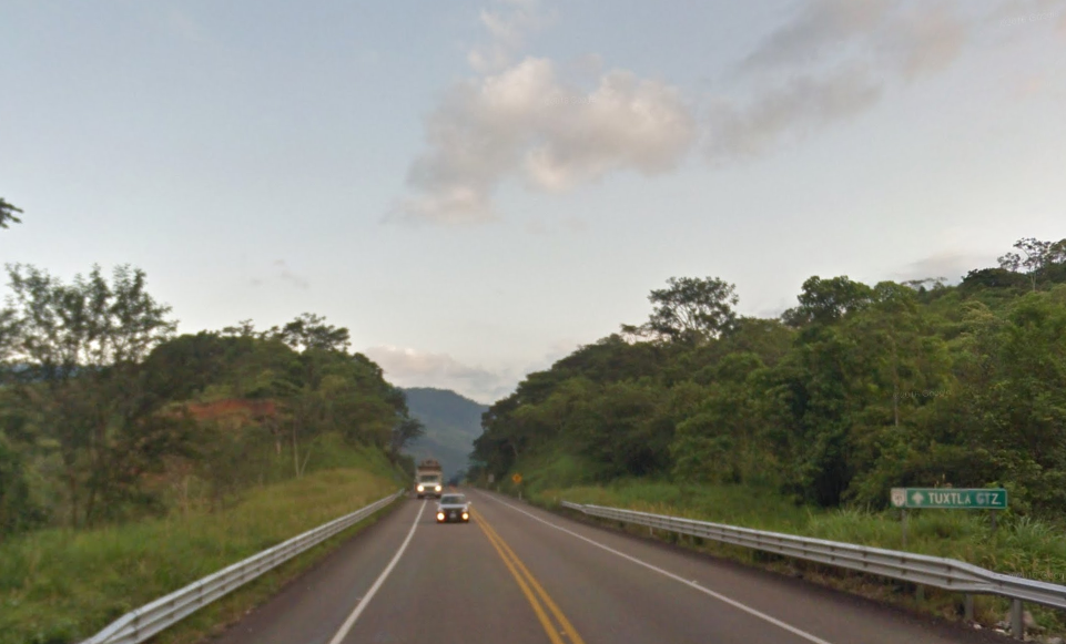 Bob LaGarde - Road trip through Central America - High in the Mountains approaching Tuxtla