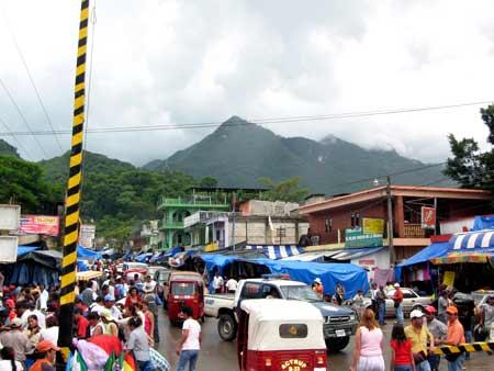 Bob LaGarde - Road trip through Central America - Streets La Mesilla Guatemala