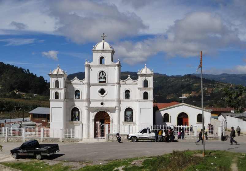 Bob LaGarde - Road trip through Central America - Cathedral passing through Los Encuentros