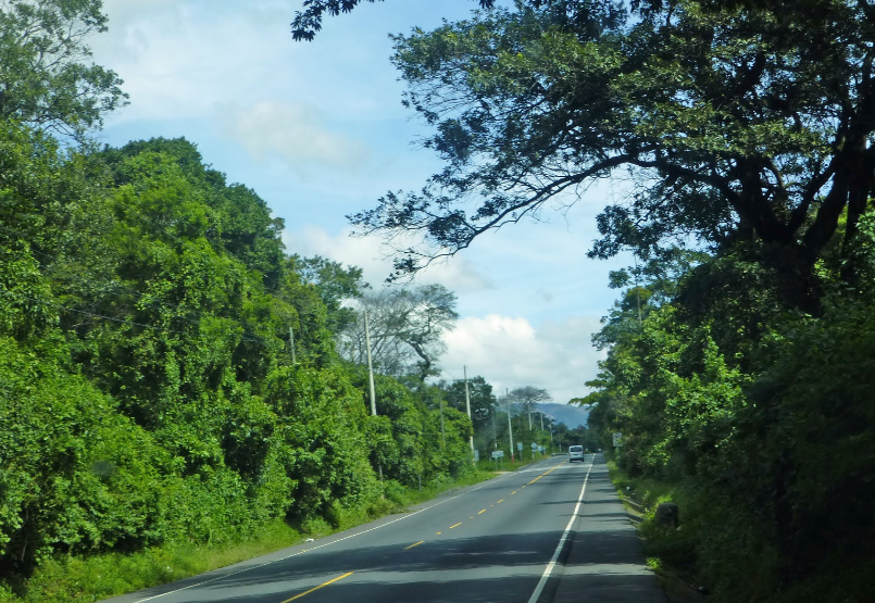 Bob LaGarde - Road trip through Central America - Descending the western side of the south end of the Sierra Madre along Highway 14 south of Alotenango toward Escuintla