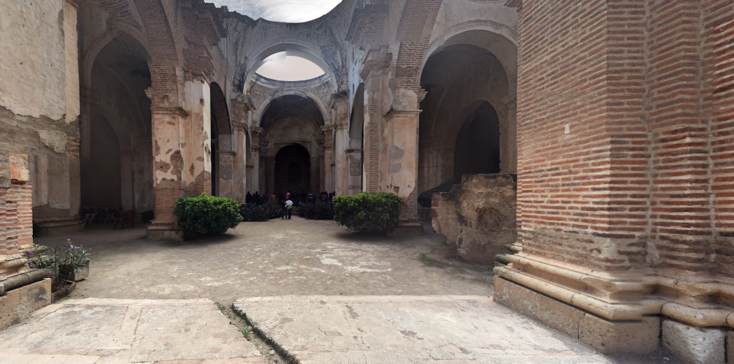 Bob LaGarde - Road trip through Central America - Ruins of the Cathedral de Santiago